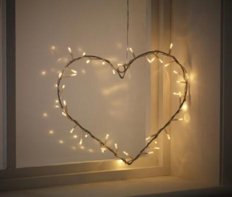 Cœur lumineux en métal