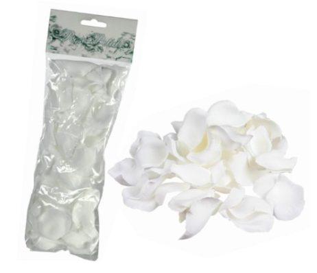 Pétales de rose blancs en tissu